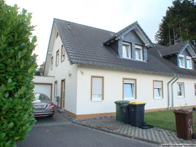 Große Doppelhaushälfte mit traumhaftem Ausblick in Hennef- Lichtenberg