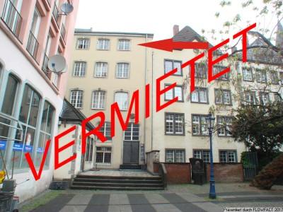 Romantische 2 Zimmer Dachwohnung im Herzen der Kölner Altstadt